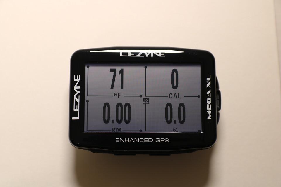 LEZYNE MEGA GPS 横画面で表示した写真