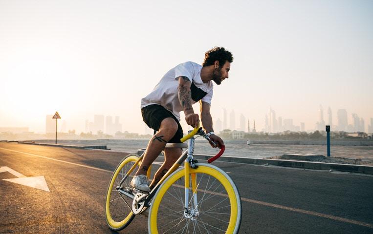 ロードバイクの『ヘルメット着用』は自己責任!でも着けたほうがいい